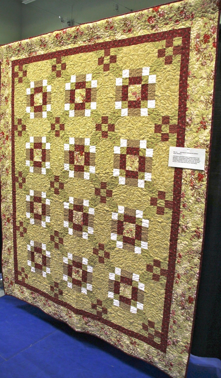 Bedford Friendship Quilters Guild, May, 2012 088.jpg