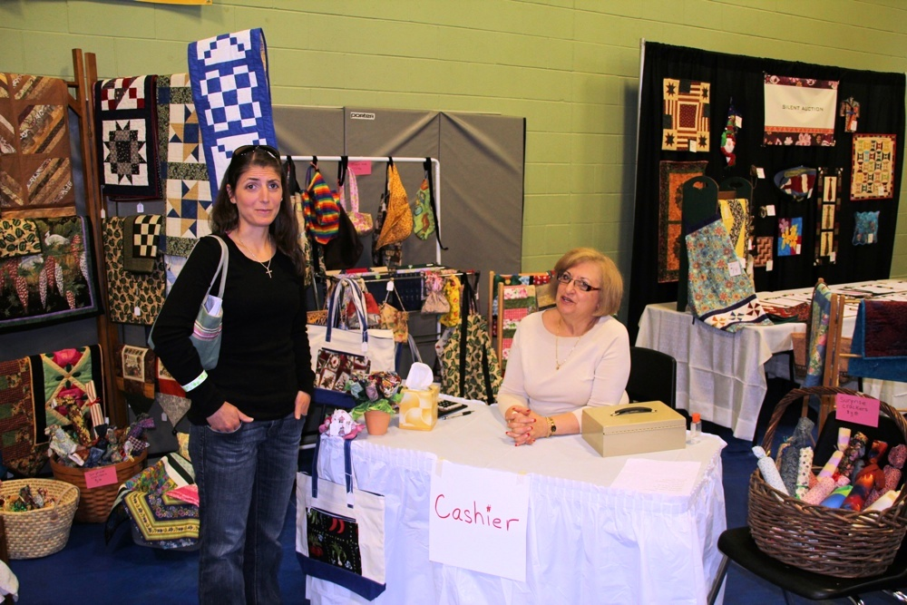 Bedford Friendship Quilters Guild, May, 2012 125.jpg