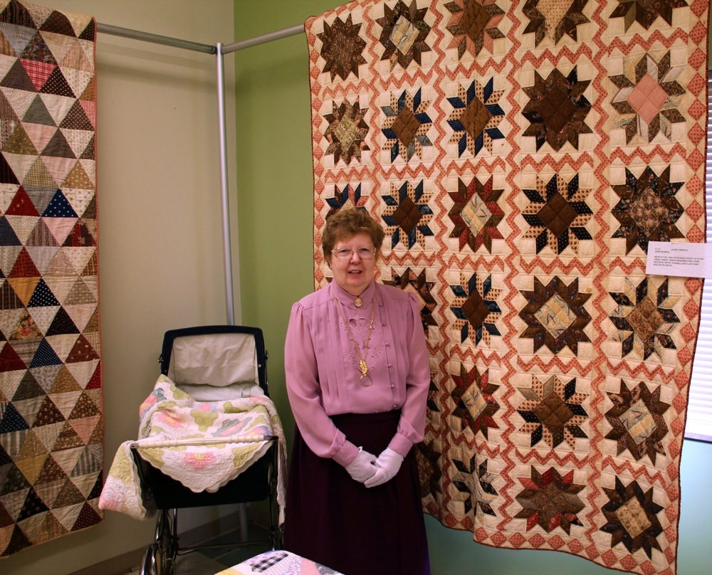 Bedford Friendship Quilters Guild, May, 2012 134.jpg