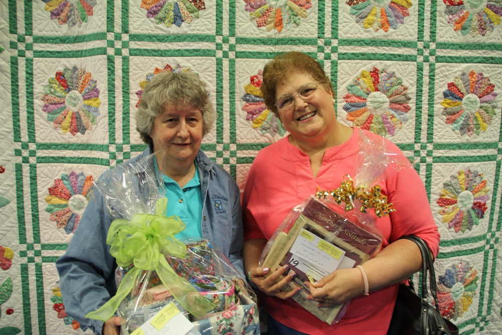 Bedford Friendship Quilters Guild, May, 2012 168.jpg