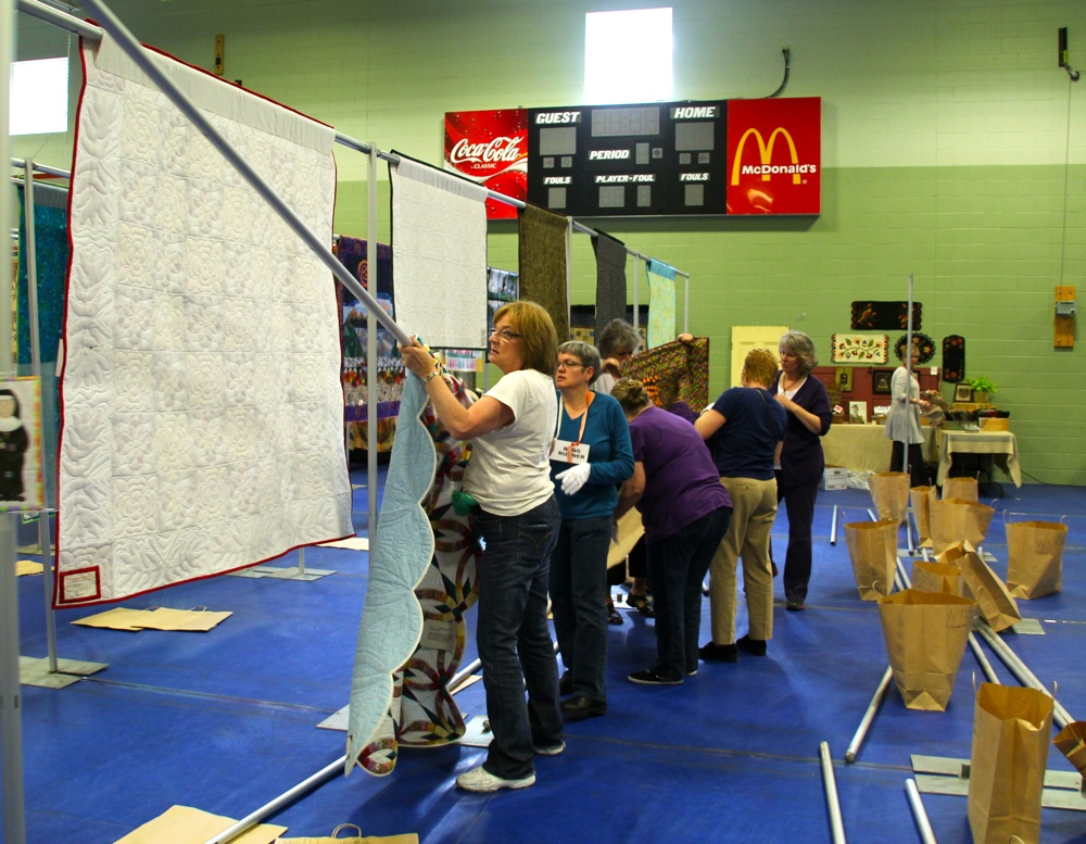Bedford Friendship Quilters Guild, May, 2012 185.jpg