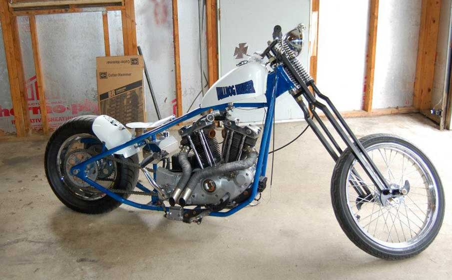 Just Then Said Buddy Goes Ya Know What Would Be Cool Kick Start So We Did A Second Swap With An Ironhead Style Sportster Engine