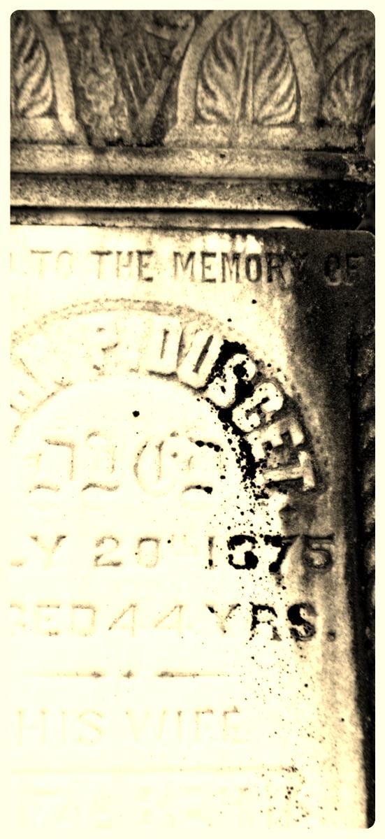 tombstone vases, chelsea qc