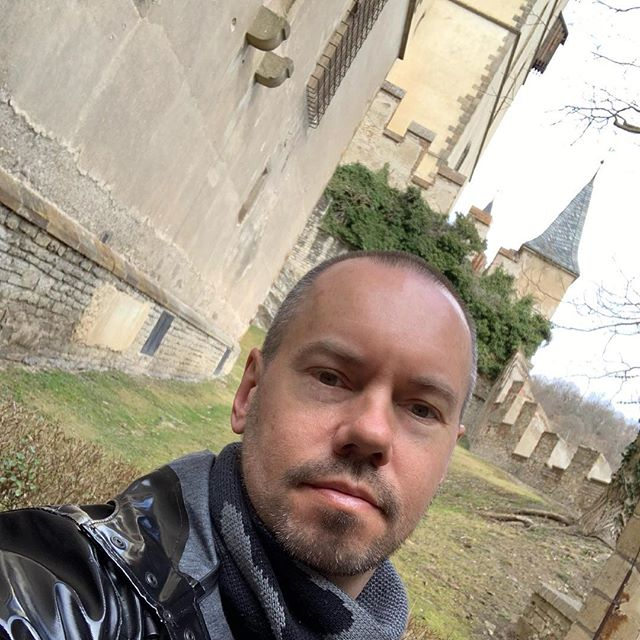 Spent a really cool half-day outside Prague at Karlstejn Castle. #castles #karlstejn #prague #czechrepublic #gaytravel #fun #travel #europe