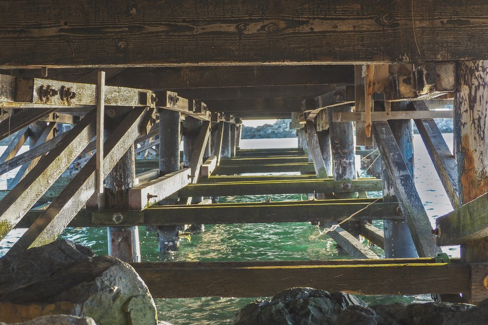 A lesser photographed pier in the South Bay - I think this one is getting torn down soon.