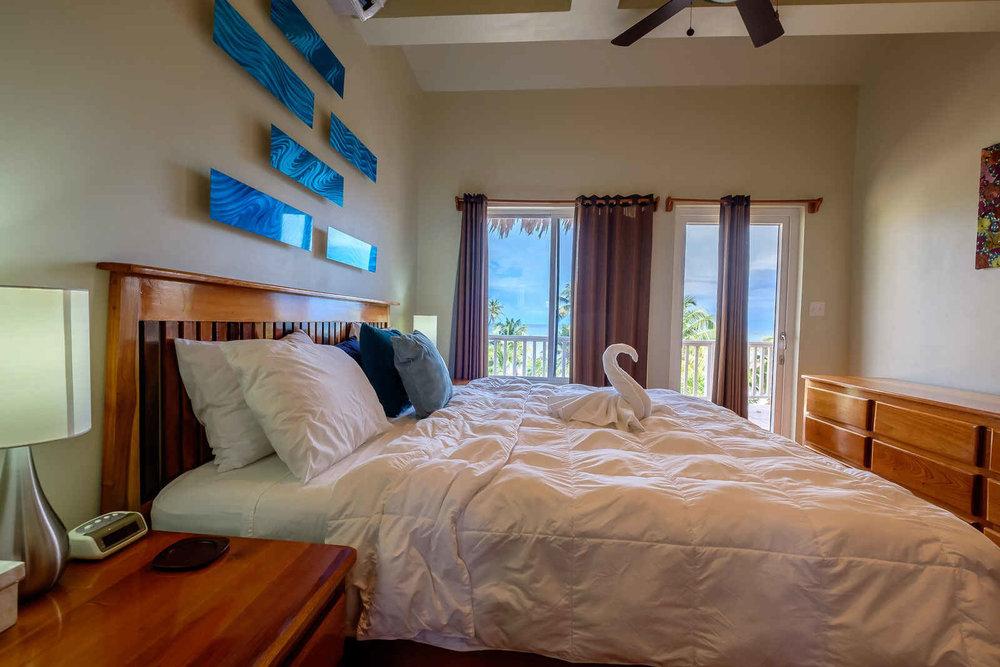 Sapphire-Beach-3-Bedroom-Penthouse-12.jpg