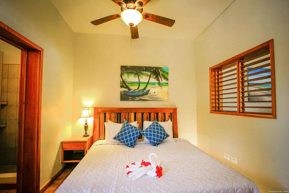 Sapphire Belize 01.jpg