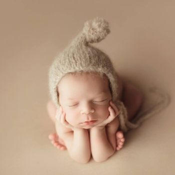 Baby j knits stand 17 the newborn photography show