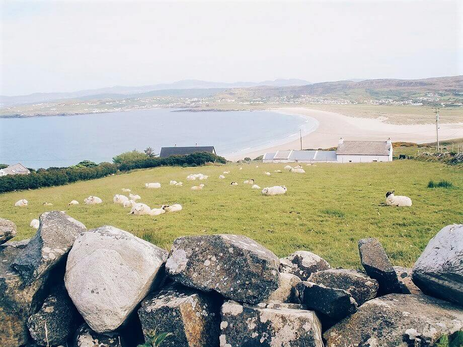 Killyhoey beach and Portnablagh