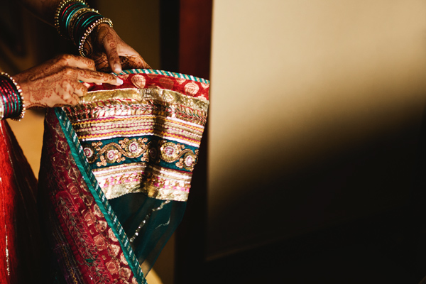beautiful details on sari at indian wedding