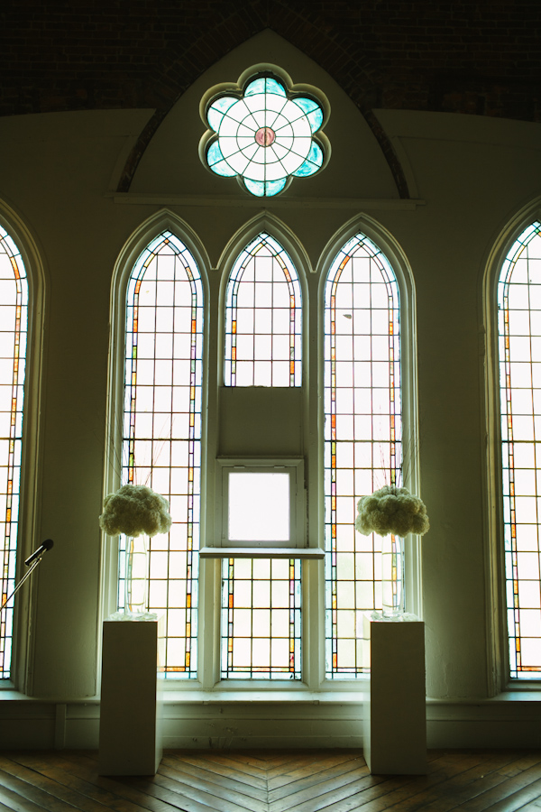 church wedding in toronto ontario photographed by Taylor Roades.