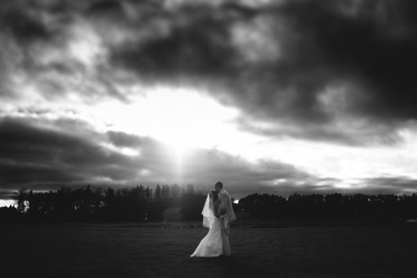 country wedding by ontario wedding photographer