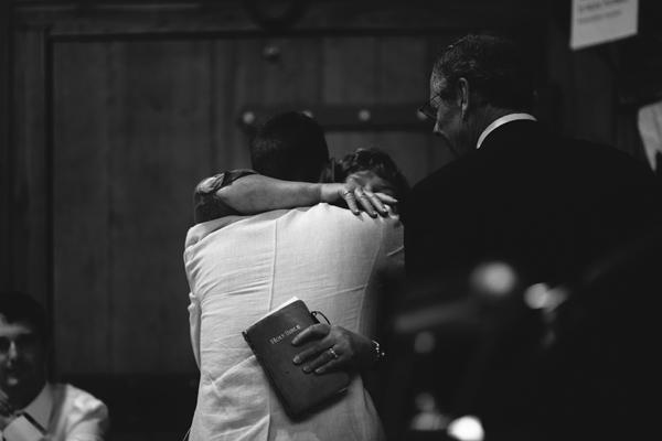 hugs at london ontario wedding