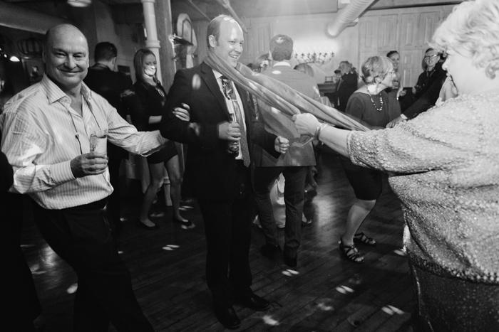 zoe-andrew-photojournalism-wedding-photos-0086