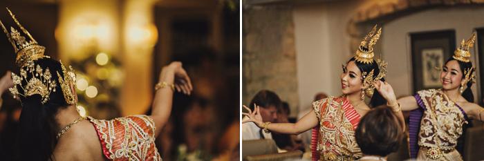 thai-dancers-at-wedding