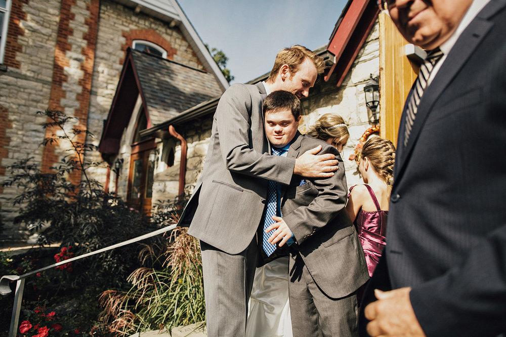 taylor-roades-victoria-wedding-photography-0001.jpg