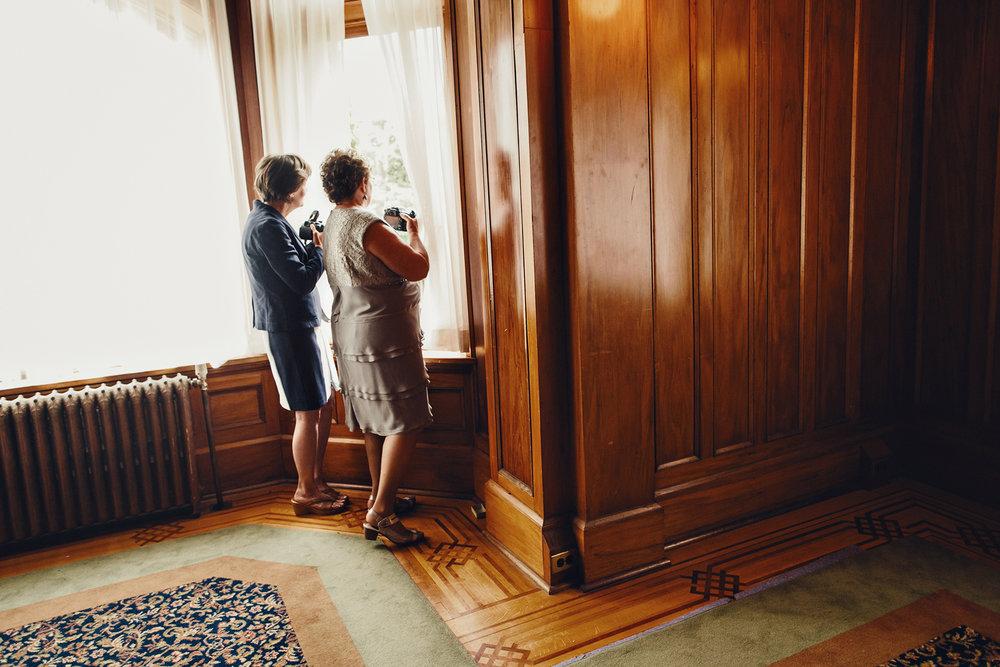hatley-castle-wedding-photos-0024.jpg
