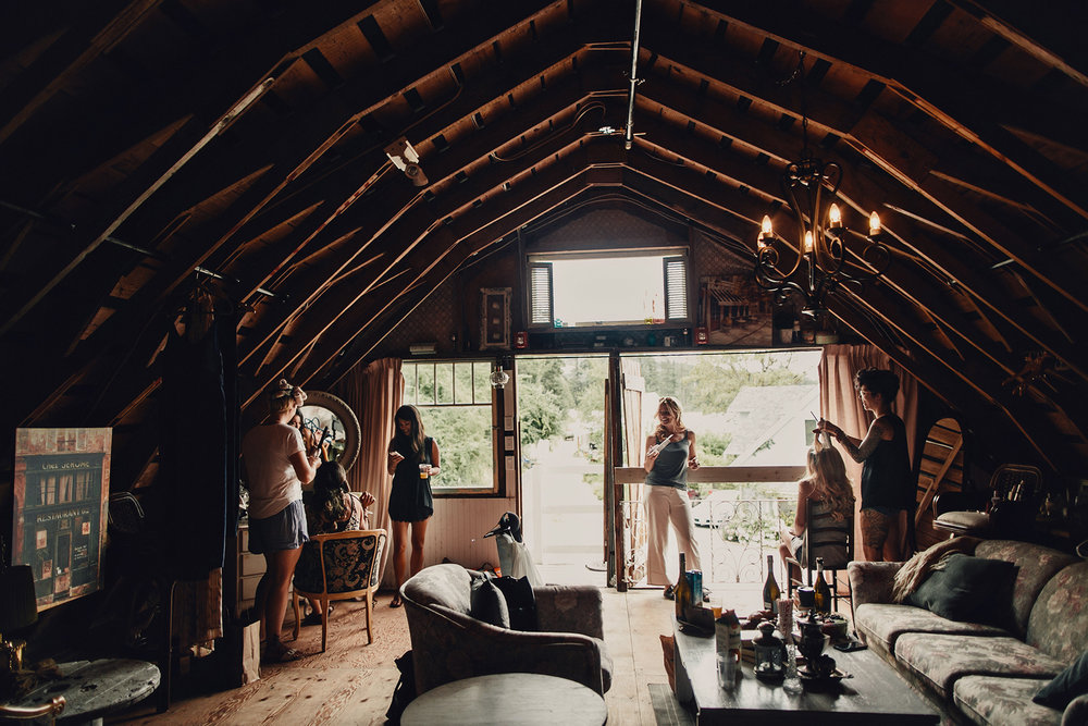 wedding photographer taylor roades on Vancouver island