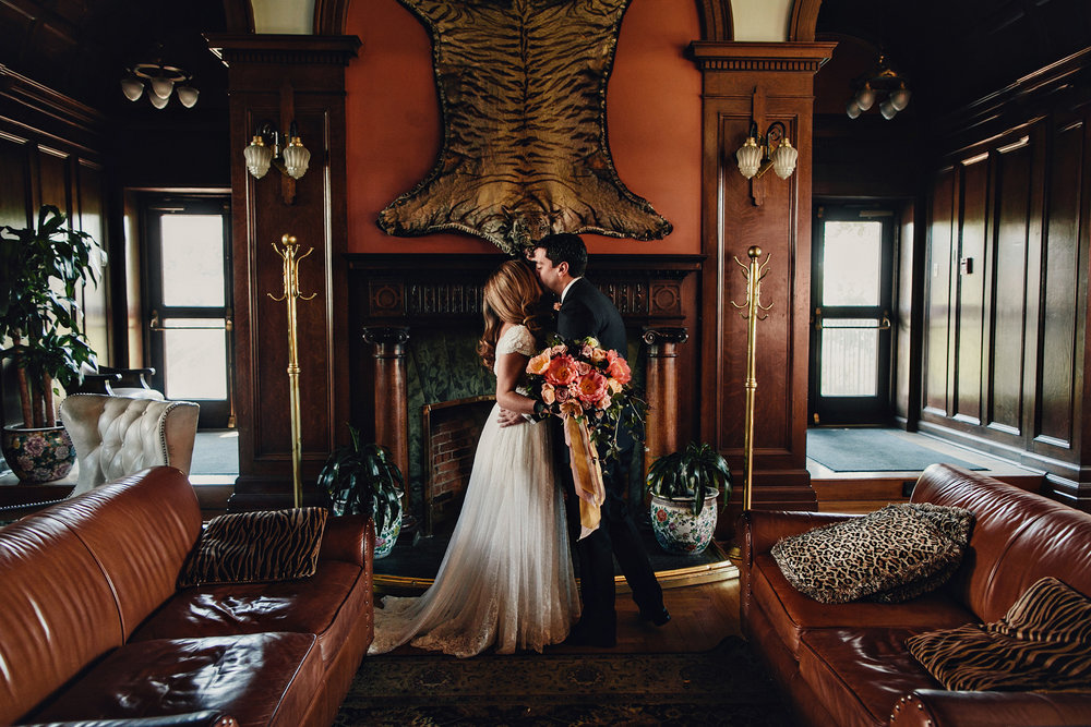 Empress-Library-Room-Wedding-Victoria-BC-023.jpg