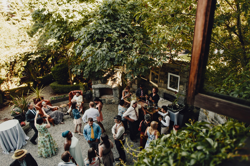 english-inn-garden-wedding-victoria-0008.JPG