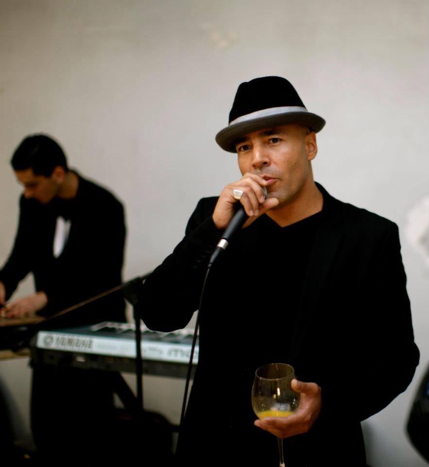 Camilo Reyes, ancien skateboarder pro, chanteur/musicien/dj, photographe
