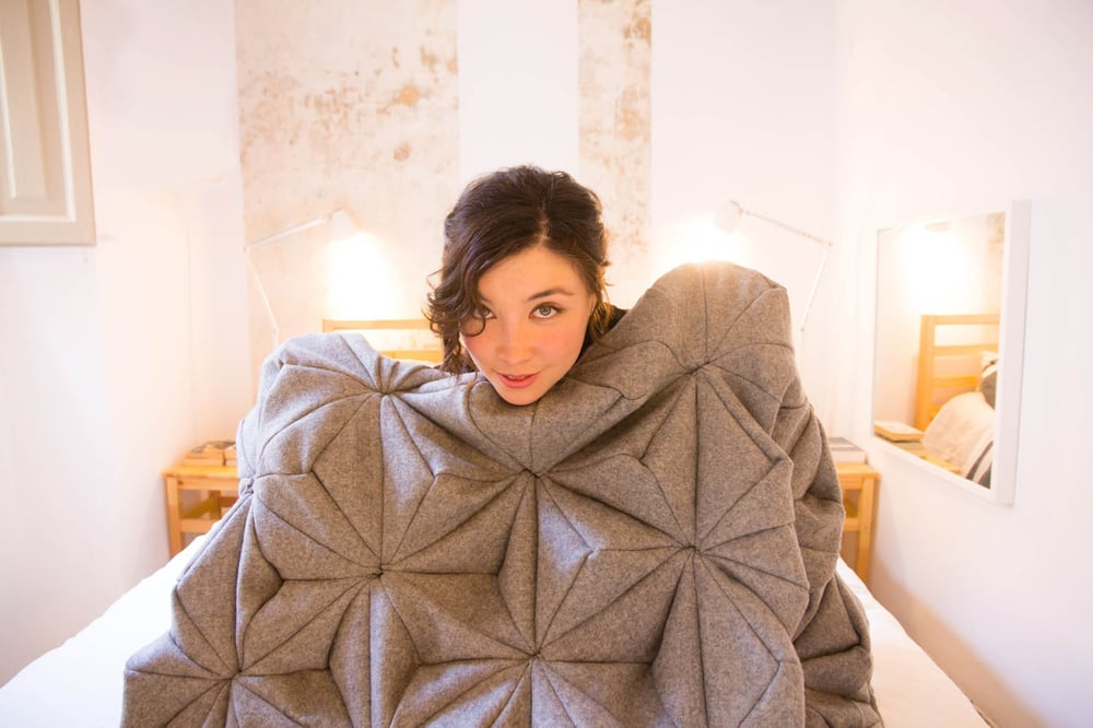Bloom-Origami-Blanket-Bianca-Cheng-Costanzo-1.jpg