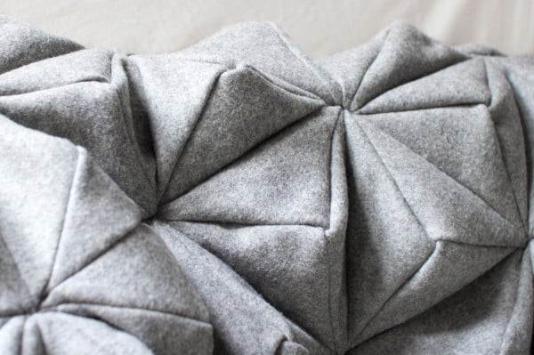 Bloom-Origami-Blanket-Bianca-Cheng-Costanzo-4-600x399.jpg