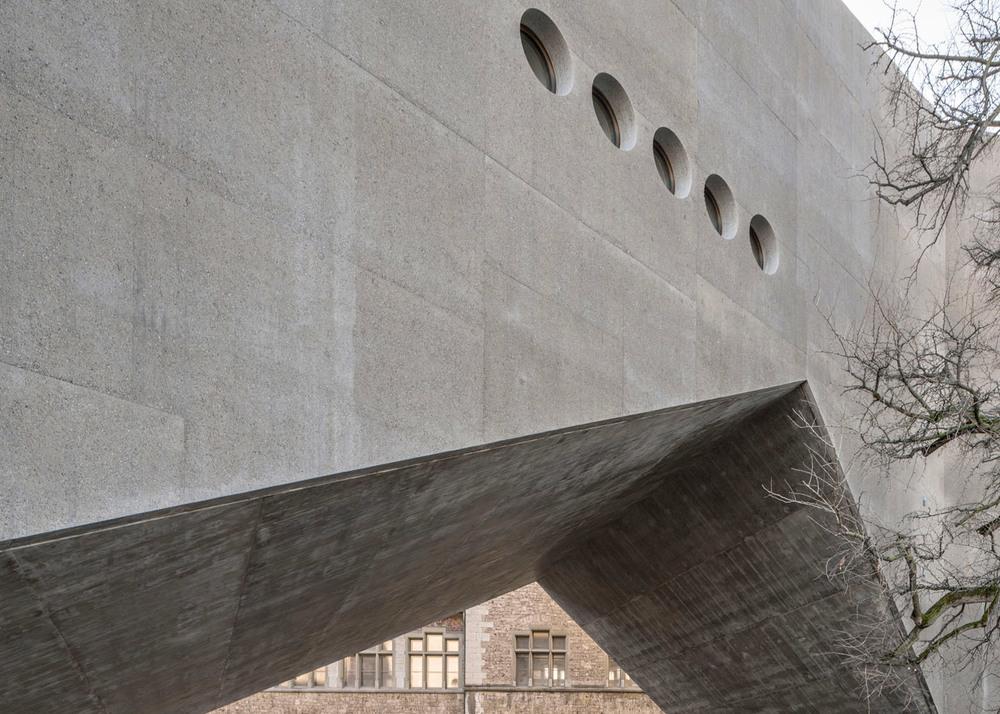 National-Museum-Zurich_Christ-Gantenbein_concrete_dezeen_1568_1.jpg