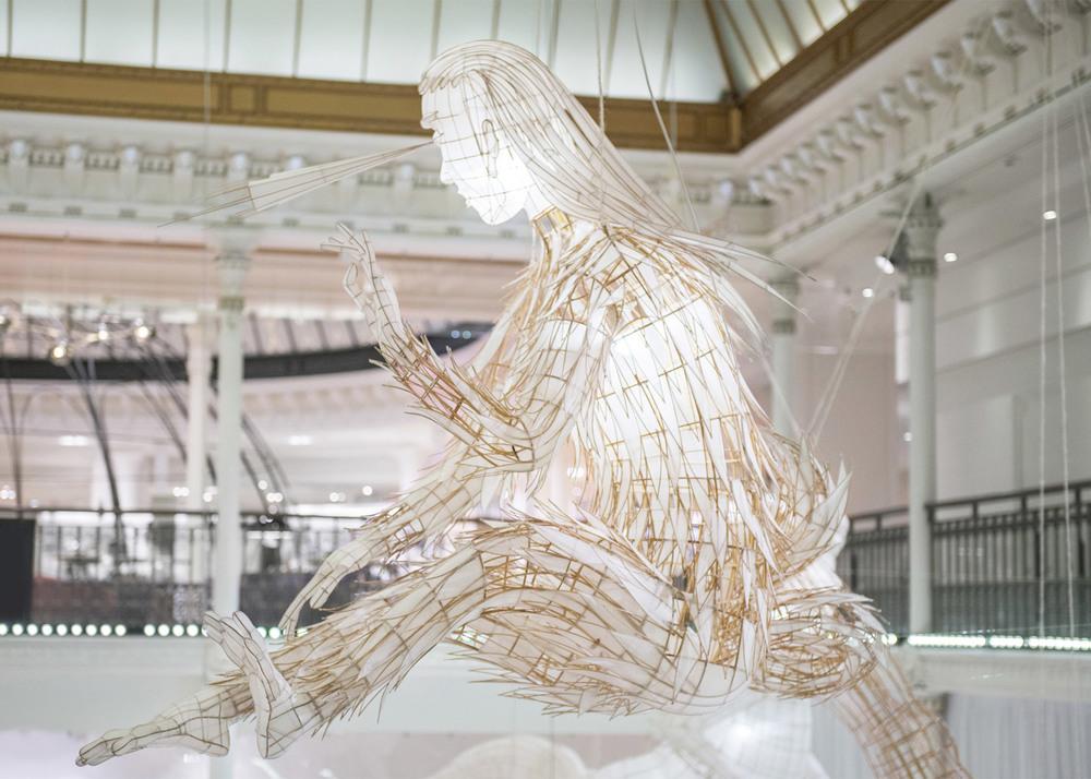 ai-wei-wei-er-xi-exhibition-le-bon-marche-2016_dezeen_1568_7.jpg