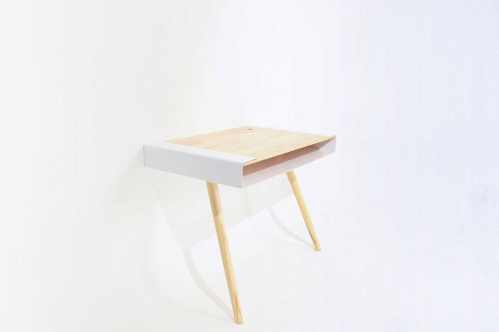Pacco-Desk-Artur-de-Menezes-3.jpg