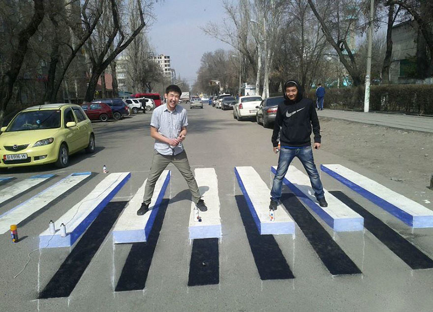 3d-street-art-prevent-speed-breakers-india-6.jpg