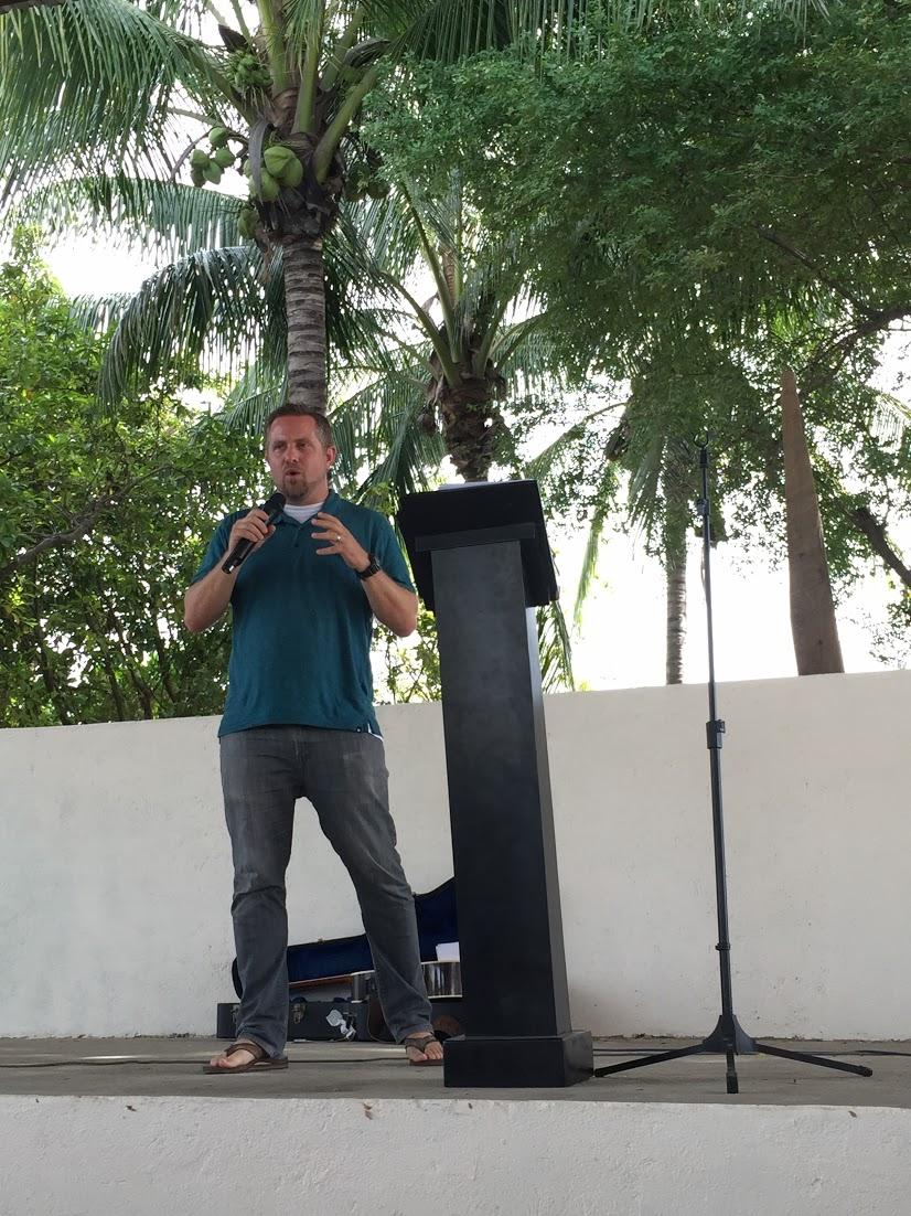 Eric Preach Mex 2.jpg