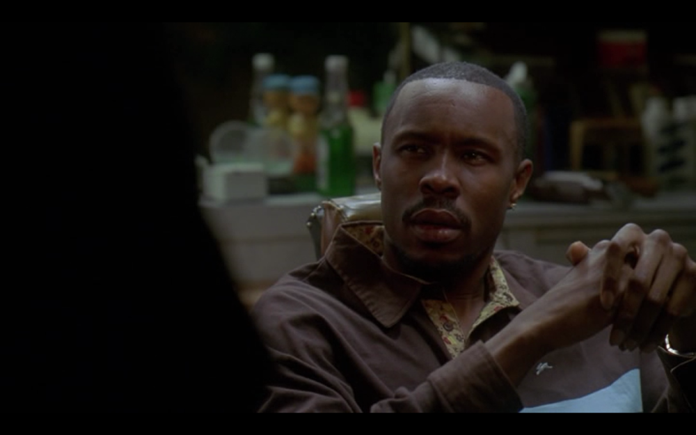 the-wire-middle-ground-avon-barksdale-brother-mouzone-barber-shop.png
