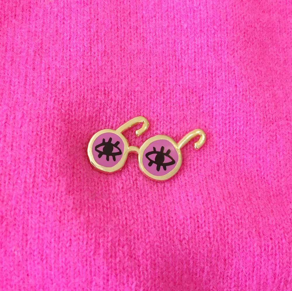 rose glasses pin