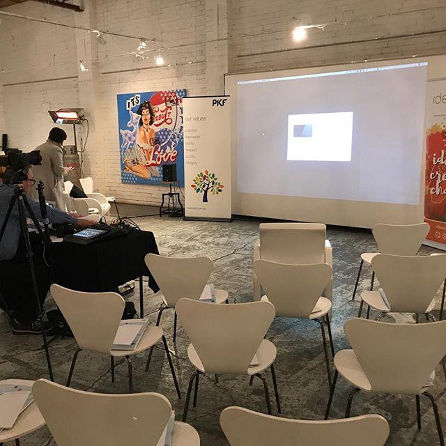 #corprateevents #corporateconference@smartartzgallery #smartartzgallery #seminarspace #workshopevent #creativespace