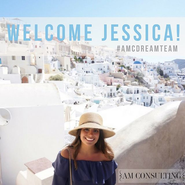 Welcome to the team, @jesstamburo! Jess is junior at DePaul University studying public relations. She is a dog-lover and a @jenisicecreams lover! Aren't we all? We are thrilled to work with you, Jess!