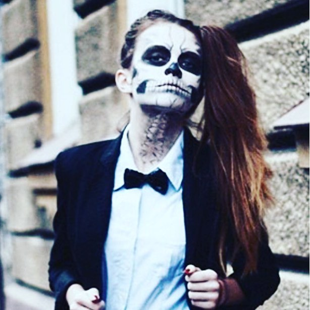Happy Halloween! Always impressed by the talent of make-up artists, especially on #halloween Nice job @graziauk