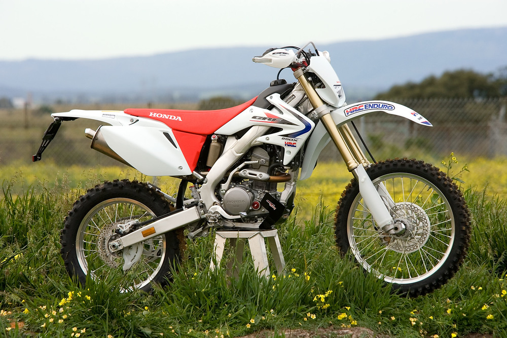 Pivot Pegz -   factory fitted on a production   HRC CRF250X