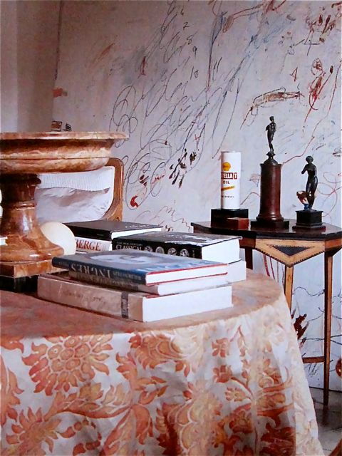 02-Cy-Twombly-This-Is-Glamorous.jpg
