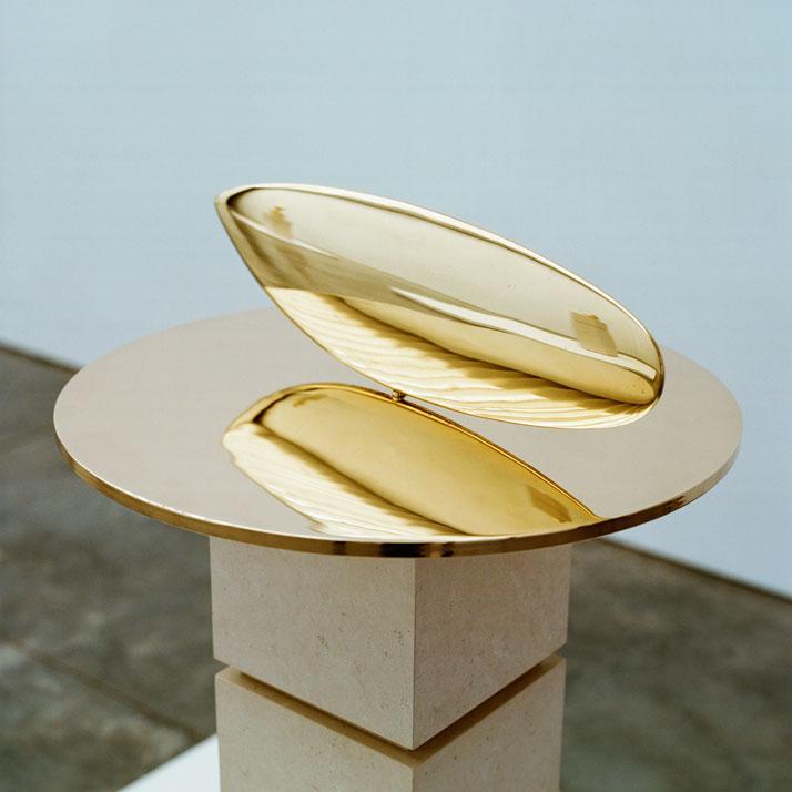 e-Brancusi-in-New-York-1913-2013-Paul-Kasmin-Gallery-ASSOULINE-Francois-Halard-yatzer.jpg