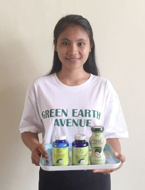 Rina with some of the Guyabano products