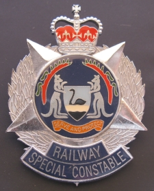 Railway Special Constable (cap badge, 1995 - 2002).jpg
