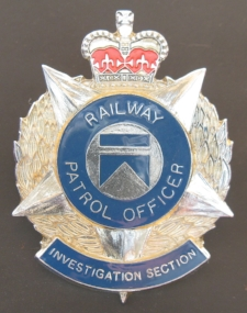 Aust Railway Patrol Officer Investigation Section (cap badge, c1986 - 1993).jpg