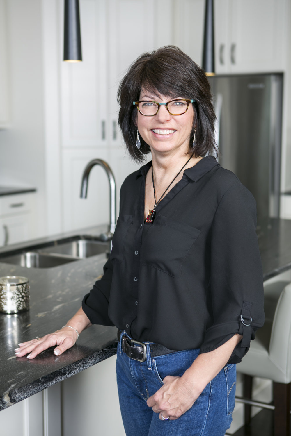 - Wendy was raised by a single mom who turned to real estate to make ends meet in her home city of Montreal. Have abundance experience in marketing and communication.