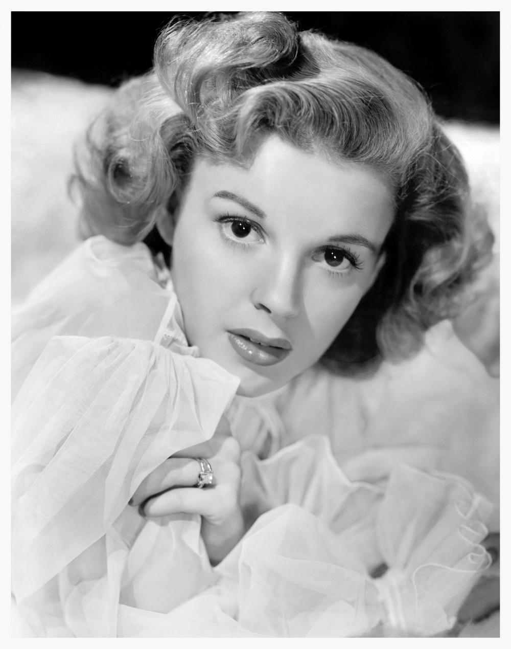 Judy Garland nightgown.jpg