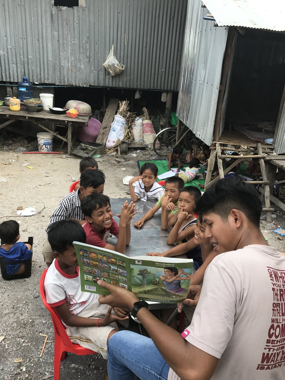 Sokann reading to the kids today