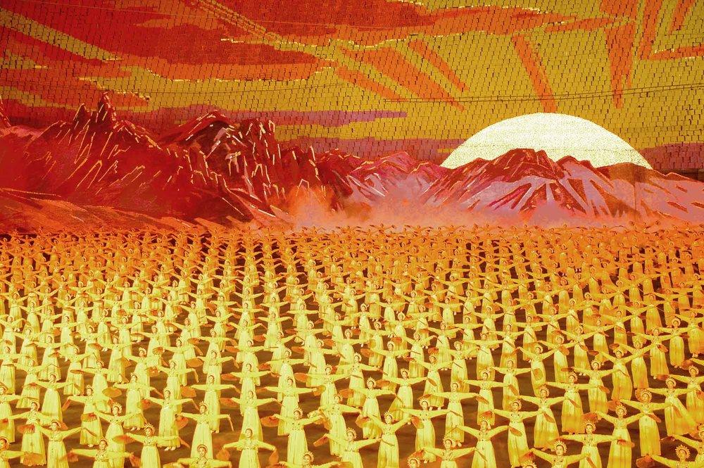 1027912132_39776f77db_o_North Korea — Pyongyang, Arirang (Mass Games)_2007_heller_hochgerechnet_WOS385515 x 3666.jpg