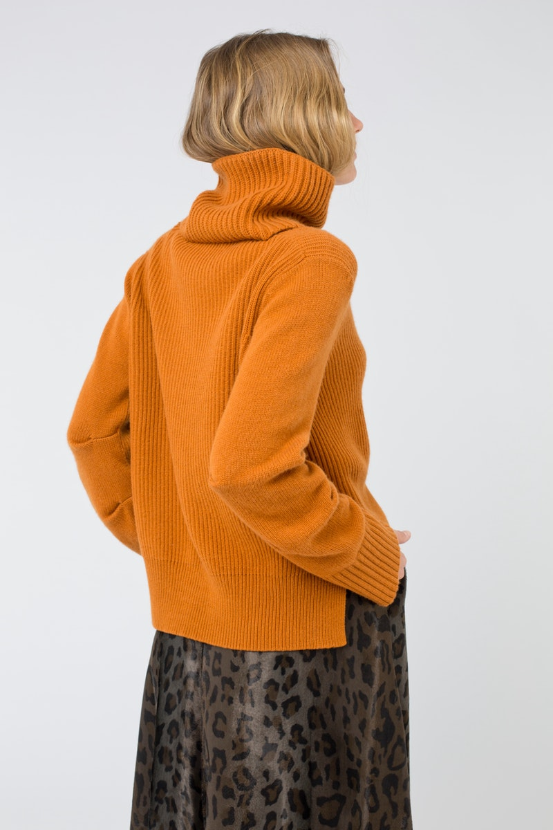 orange-strick-dorothee-schumacher-183-112101-337-2-3.jpg
