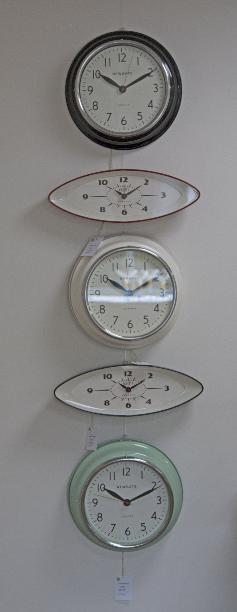 Retro Wall Clocks