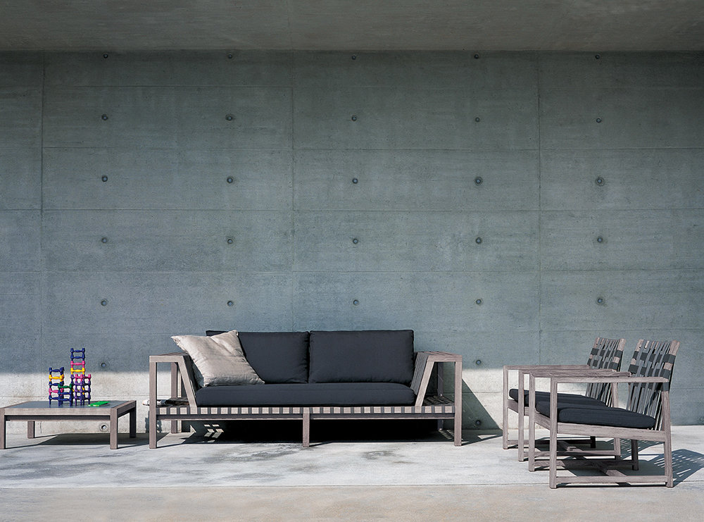 Designmoebelagentur_RODA_NETWORK_sofas_and_lounge chair_aged_teak_low.jpg